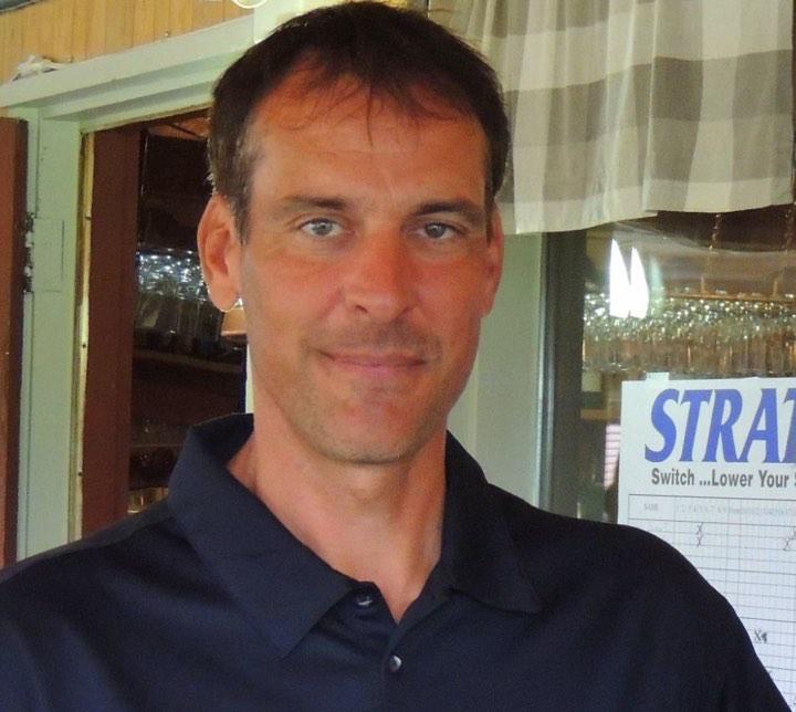 """Carl Dumont """"s'éclate"""" à Lac Mégantic avec une ronde record de 65 –  Association Régionale des Cantons de l'Est"""