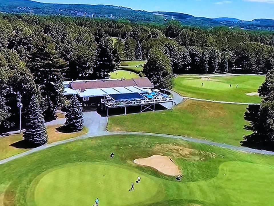 Golf Victoriaville passe en zone ROUGE… – Association Régionale des Cantons  de l'Est