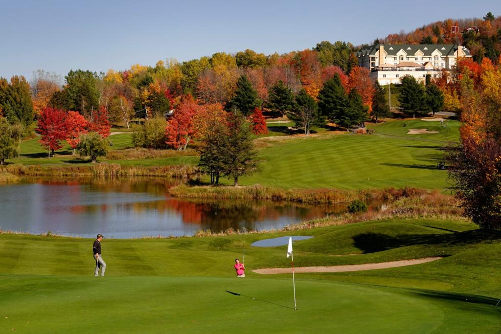 Offrez-vous le prestigieux Golf Château-Bromont… – Association Régionale  des Cantons de l'Est