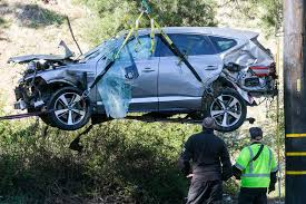 Tiger Woods has surgery for severe leg injuries after rollover car accident  - Chicago Tribune